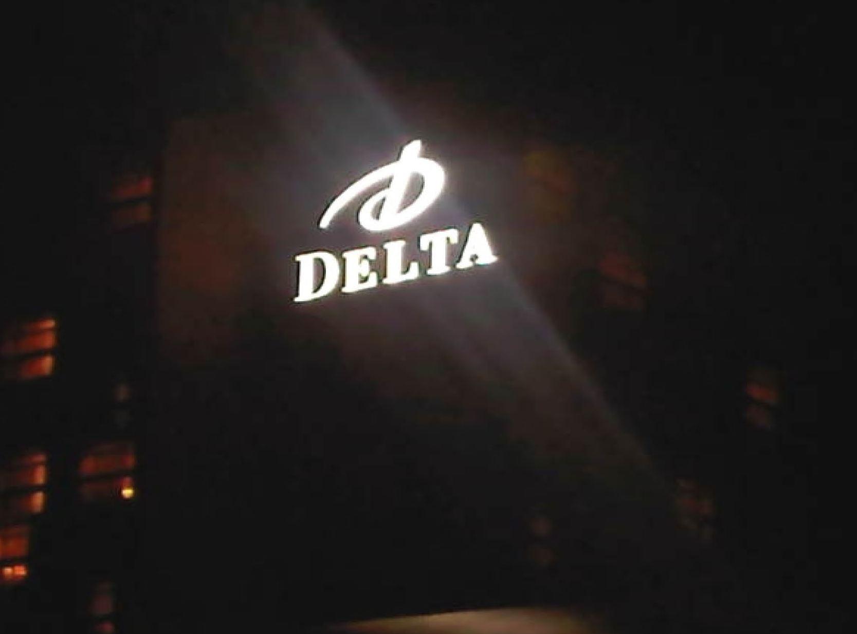 Delta Night.jpg